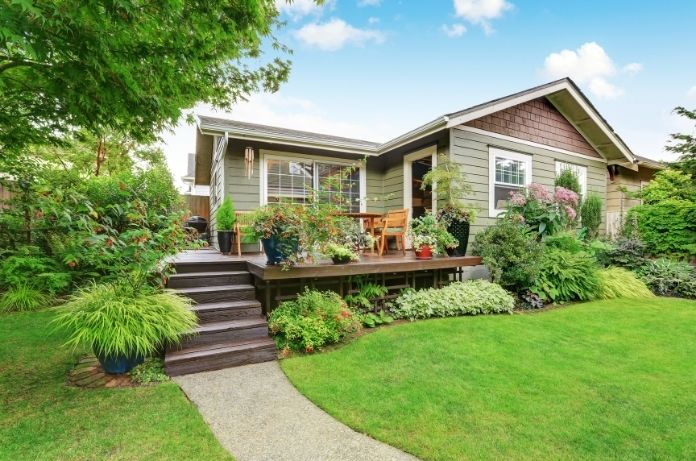 4 Easy Ways to Prevent Erosion in Your Yard